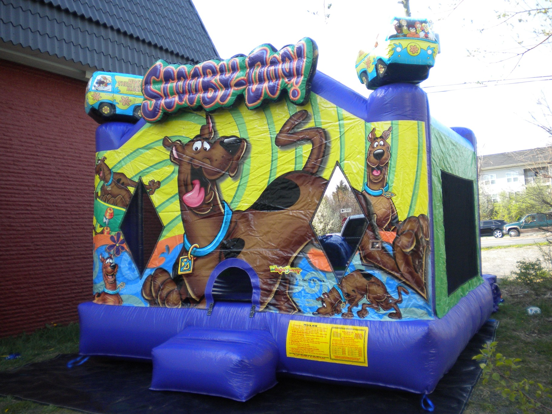 Scooby Doo Jumper Moonbounce Front Right View